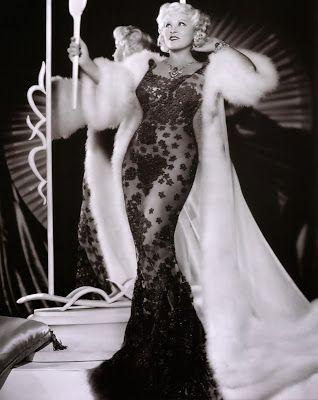 80 Atrevidas frases sexys de la atrevida y sexy Mae West