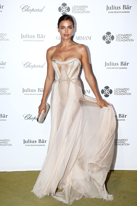 Irina Shayk in Atelier Versace   - HarpersBAZAAR.com