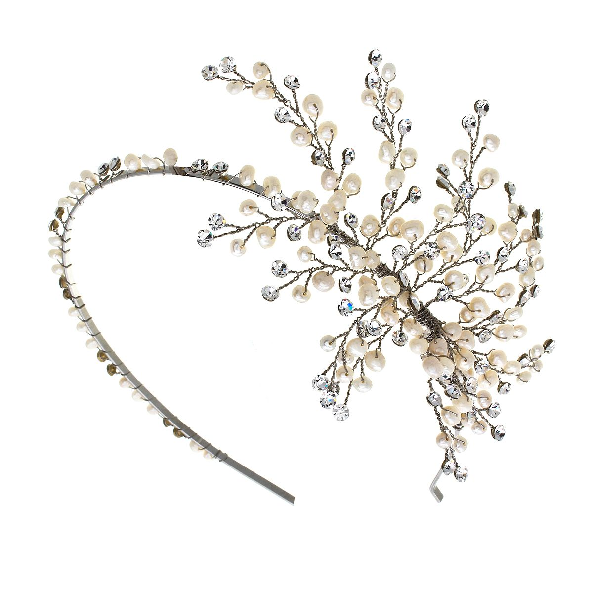 With luxurious Rhodium plated Silver and just below a hundred freshwater pearls the Lorraine headband oozes vintage glamour with a modern edge.    It is made with ivory freshwater pearls, rhodium plated silver & clear crystals.