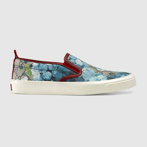 GUCCI Gg Supreme Blooms Slip-On.  gucci  shoes  women s sneakers Floral 26b9bd615