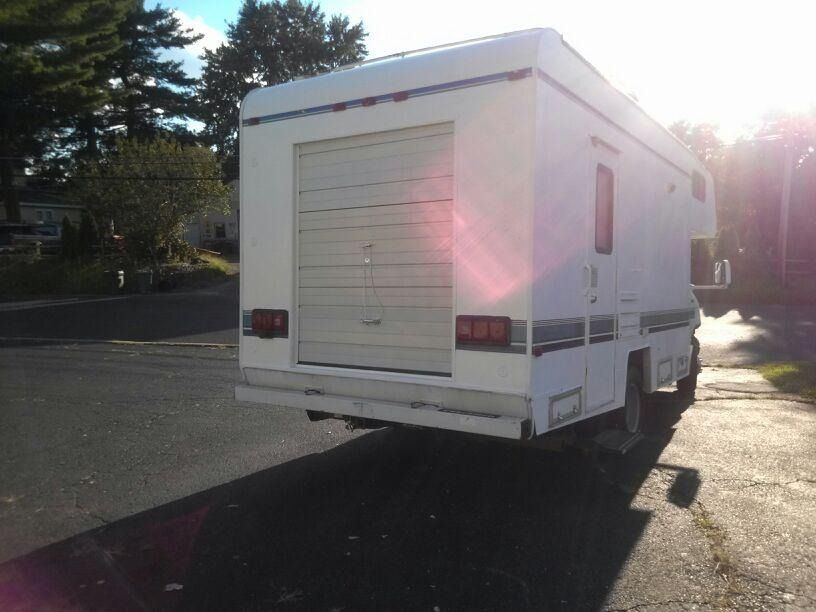 97 e350 coachman with rear garage door for Rear garage door