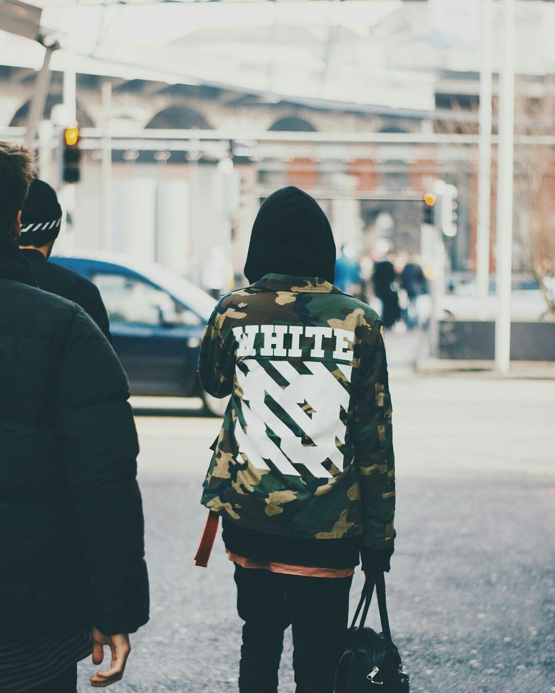 9757d694db718 off white camo   streetwear fashion   Fashion, Urban fashion women ...