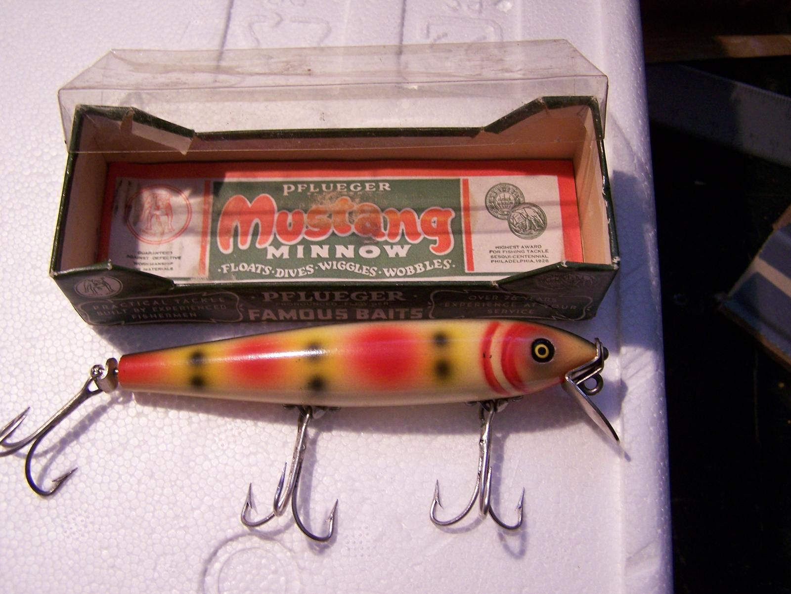 vintage fishing spinners jpg 1080x810