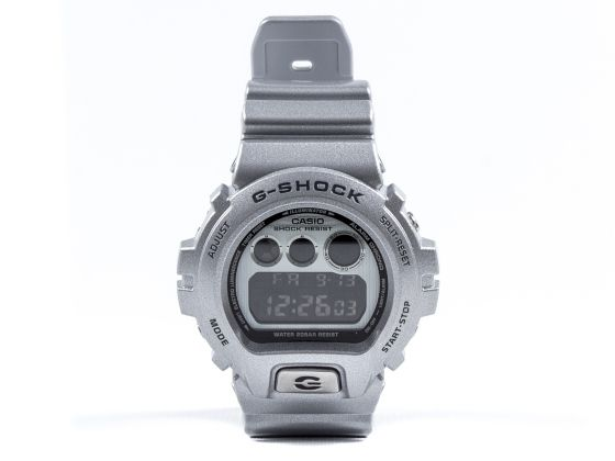 7f81fa60f484 G-Shock 30th Anniversary Besel DW-6930BS-8