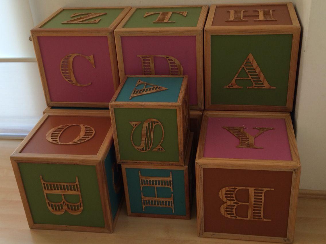 Cubos de madera para niños, cubos de colores, abecedario, muebles ...