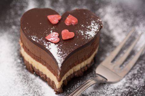 La torta di San Valentino: tre ricette | Torta di san valentino, San ...