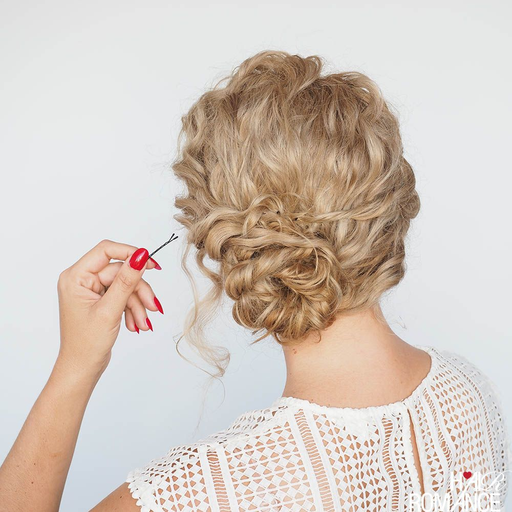 I M Off To Beauty School A New Hairstyle Tutorial Hair Romance Curly Hair Styles Naturally Hair Romance Hair Tutorial