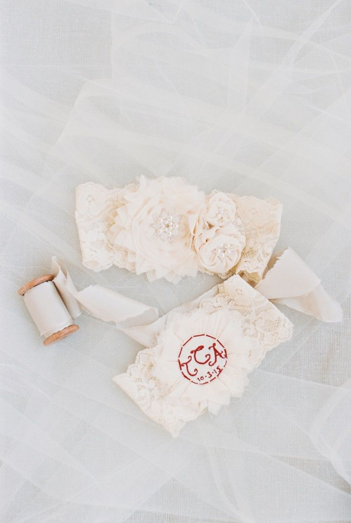 Monogram Bridal garter | itakeyou.co.uk