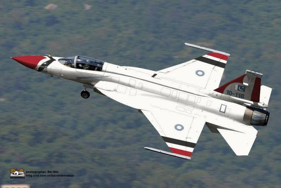 เปรียบมวยคู่ปรับเพื่อนรักหักเหลี่ยมโหด LCA Tejas VS JF-17