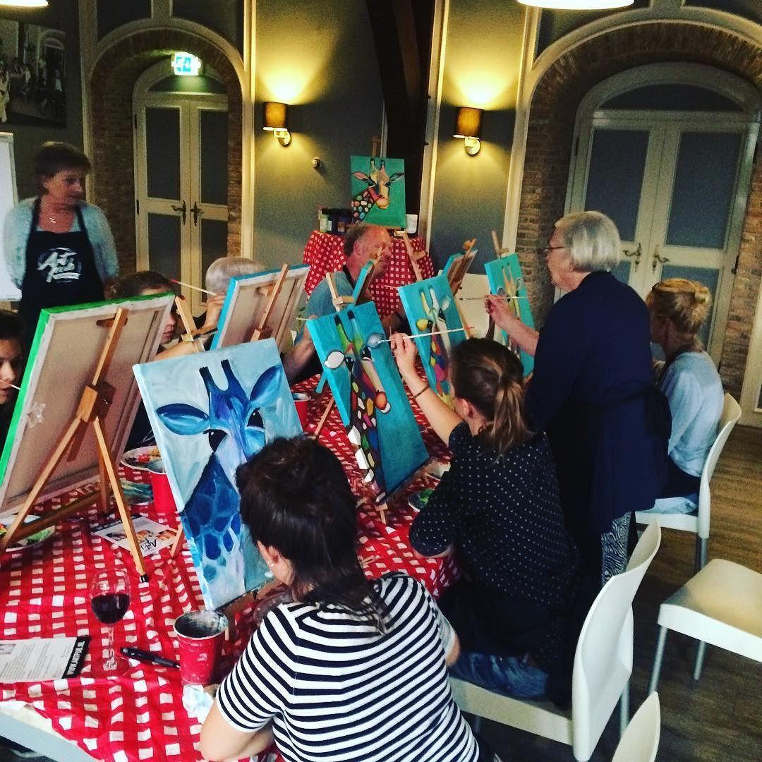 Lekker bezig in Breda #artpub #avondjeuit #creatief #maffegiraffe