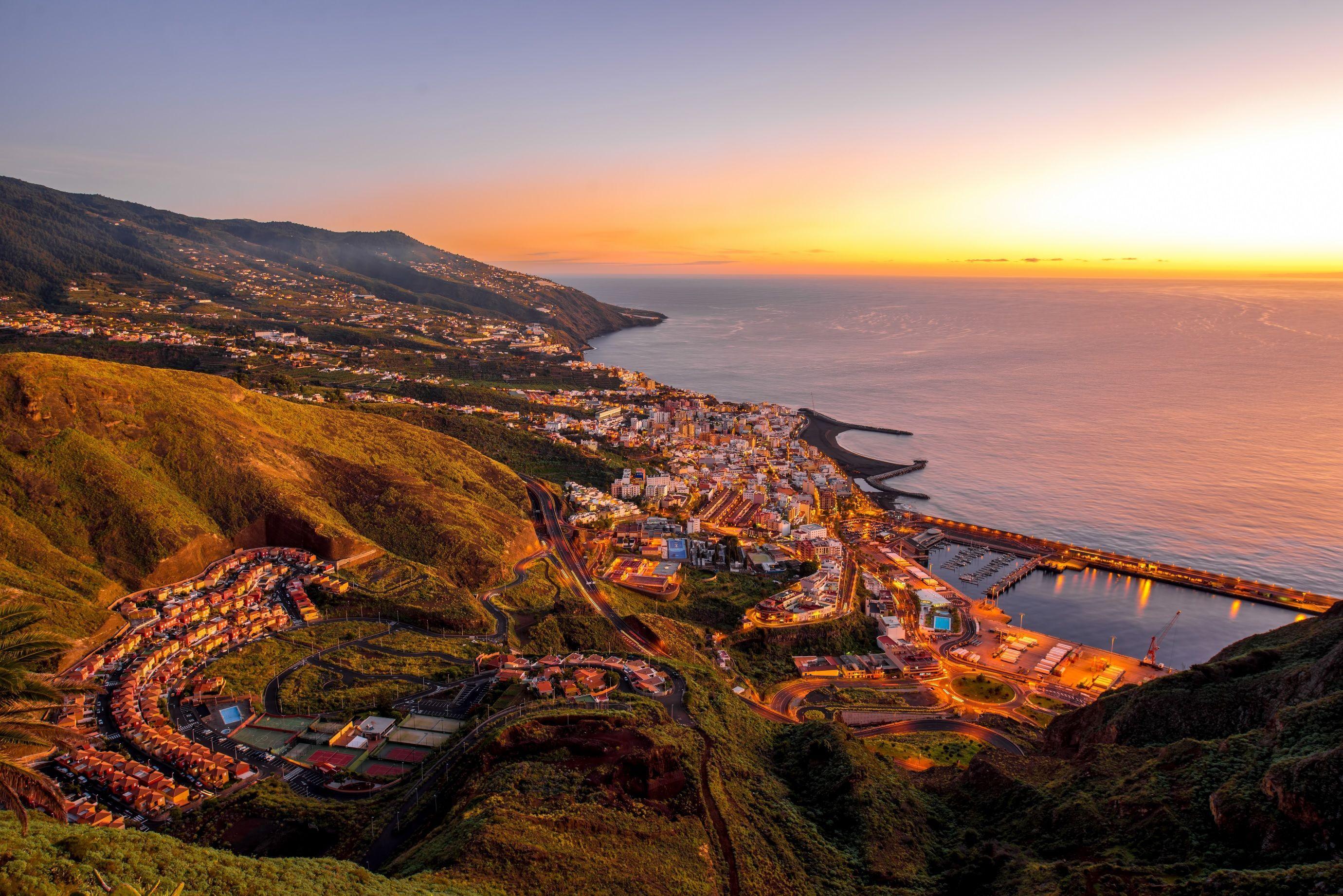 La Palma 5 Días Vuelo Hotel Ofertas De Viajes Isla Bonita Playa De Los Cancajos