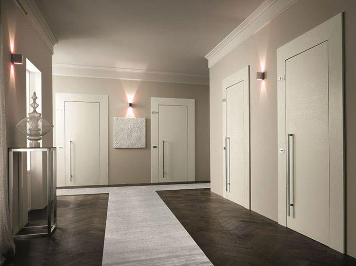 Wohnungstüren weiß  Dunkelgrauer Boden, hellgraue Wand, weiße Türen | Mein Haus ...