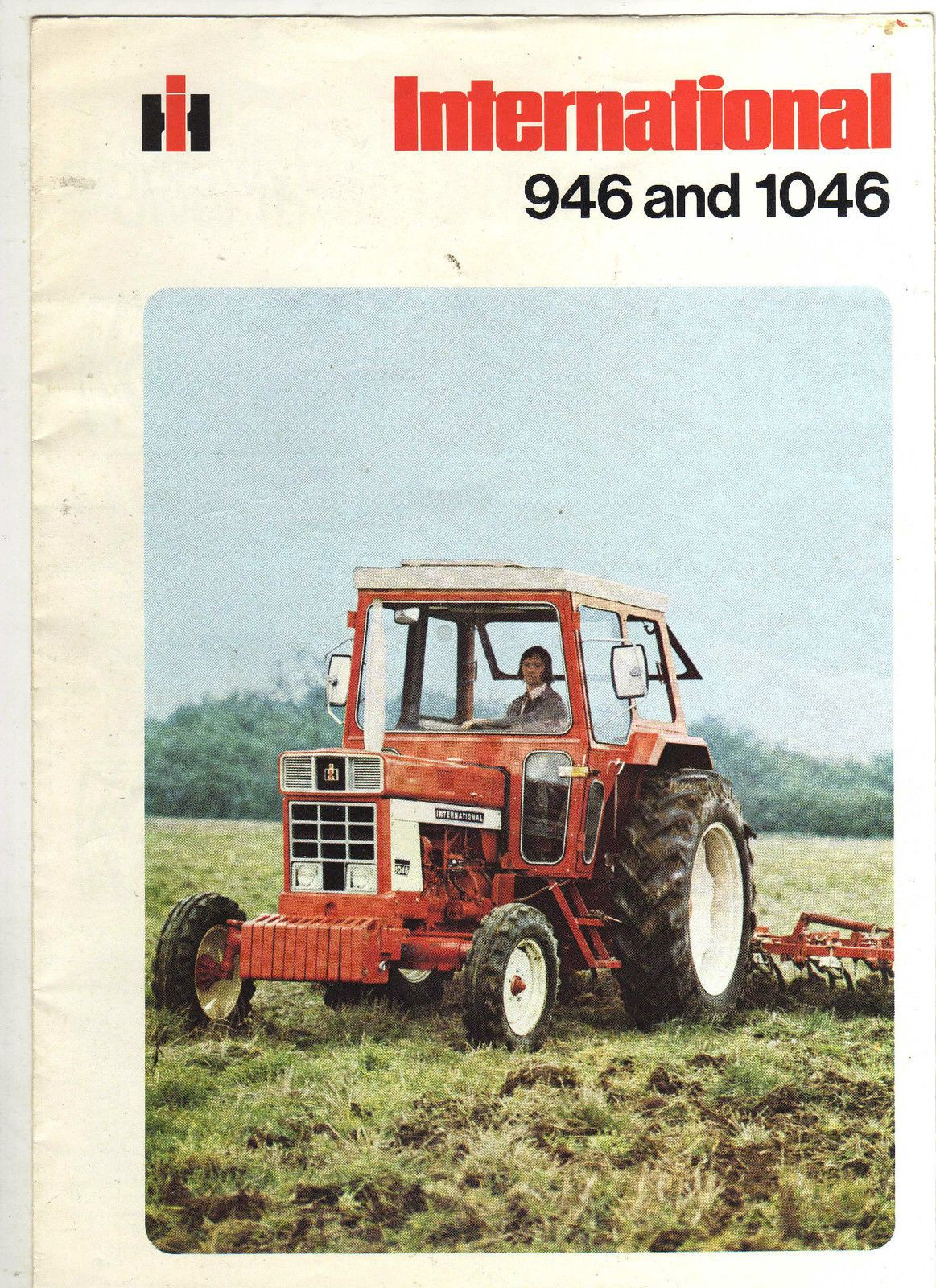 INTERNATIONAL 946 1046 TRACTOR BROCHURE CLASSIC MODEL FARM LEAFLET 70s |  eBay