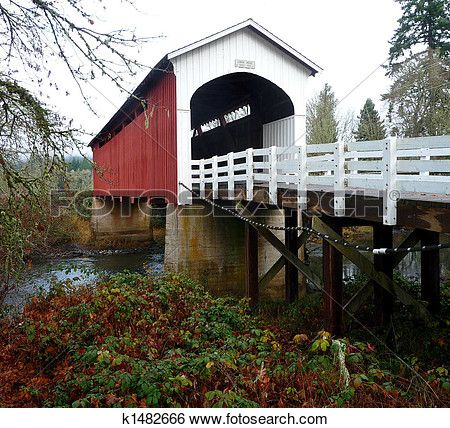 Currin Covered Bridge In Cottage Grove Oregon View Large Photo Image Covered Bridges Cottage Grove Oregon Cottage Grove