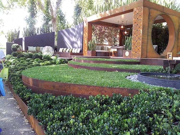 Beeteinfassung Aus Metall Sorgt Für Mehr Ordnung Im Garten Garten