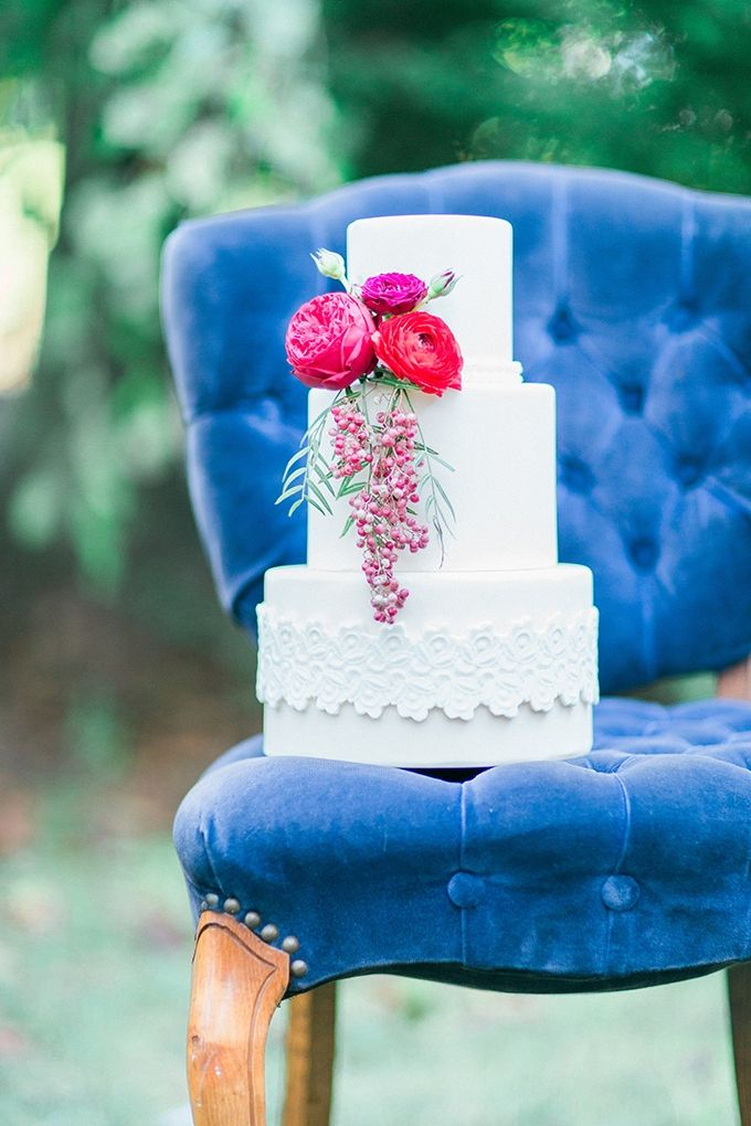 romantic white cake   Mikaela Marie Photography   Glamour & Grace
