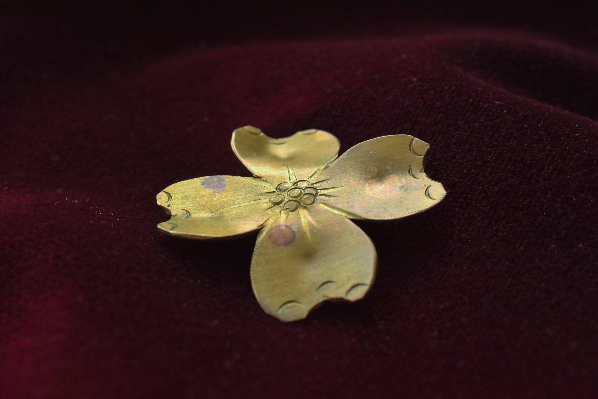 Clover Leaf Brooch Pin Flower Brooch Pin