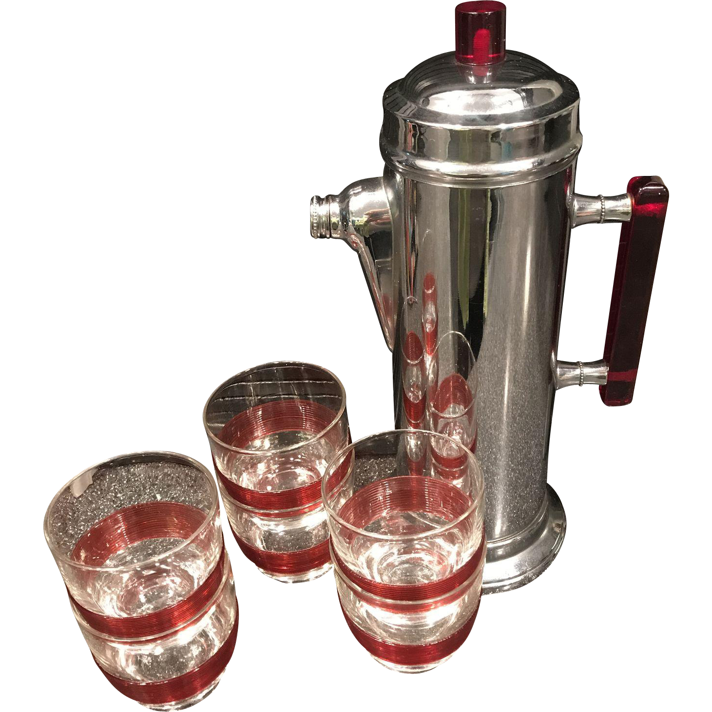 Us cocktail shaker set with six glasses