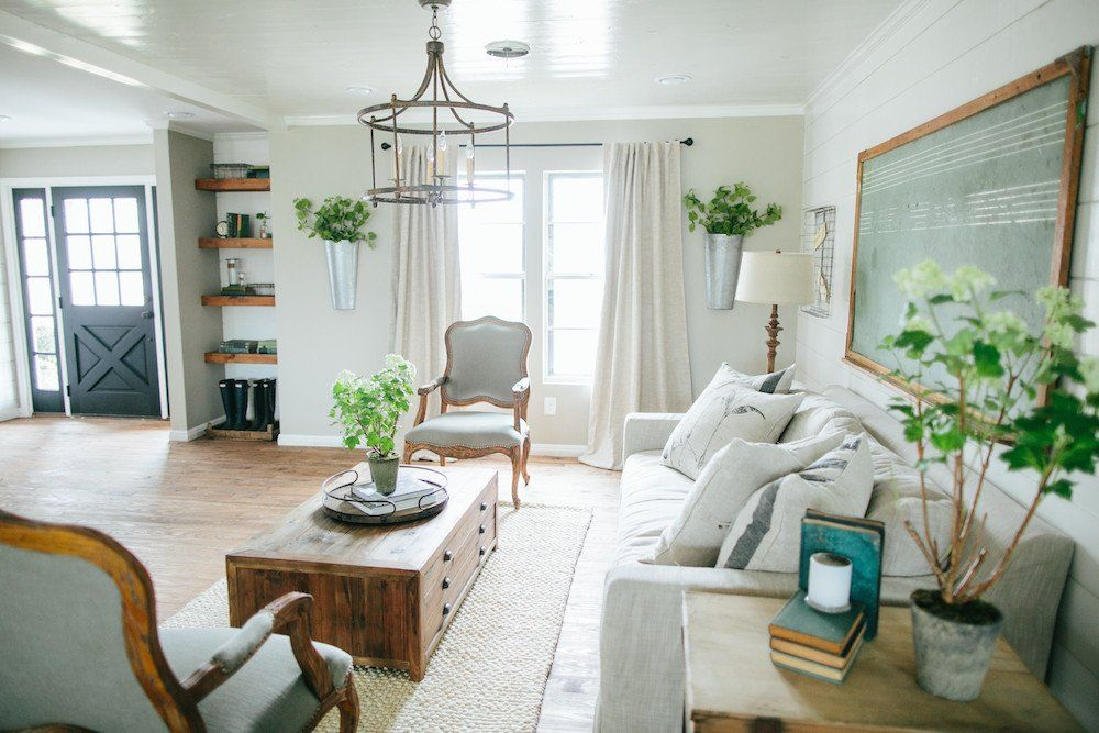 Every Inch Of This Roomis Beautiful Fixer Upper Magnolia Homes Living Decor
