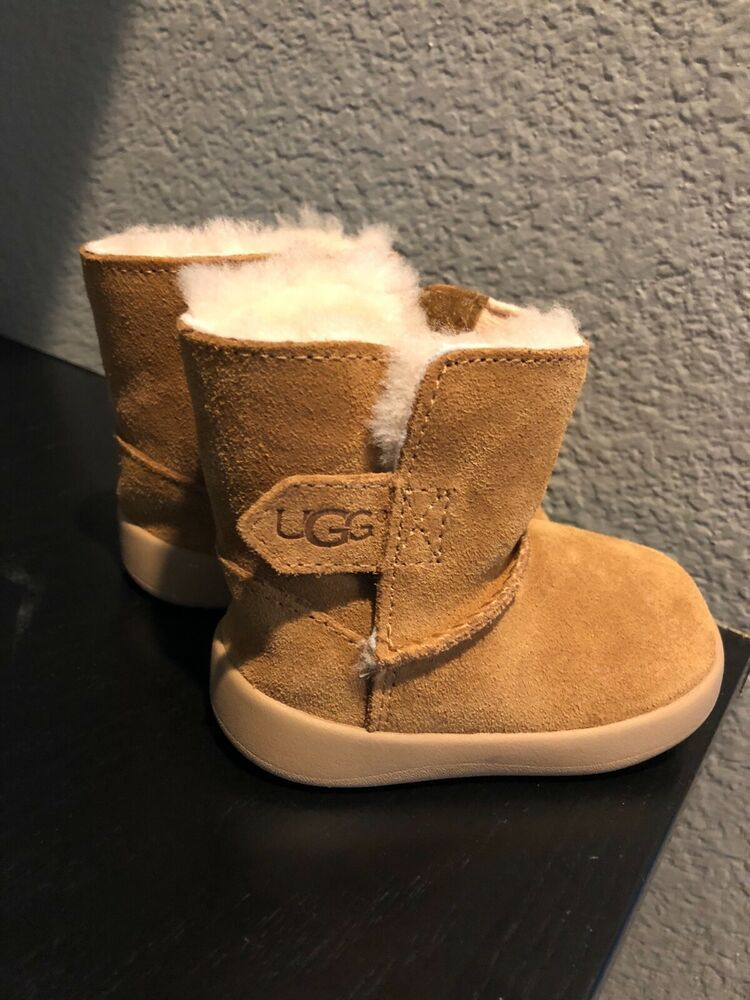 ed33fc9e3005 NEW UGG AUSTRALIA KEELAN BOOTIES ANKLE BOOTS BABY GIRLS SIZE 2 #fashion  #clothing #