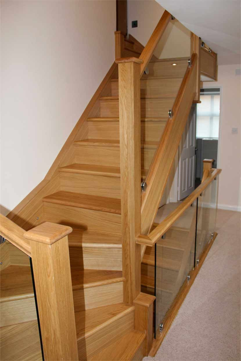 Best Classic Glass Staircases Traditional Glass Staircases 400 x 300