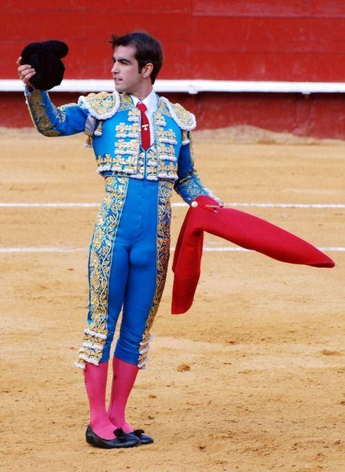 The Matador | men playing in fun sports! lol | Pinterest ...