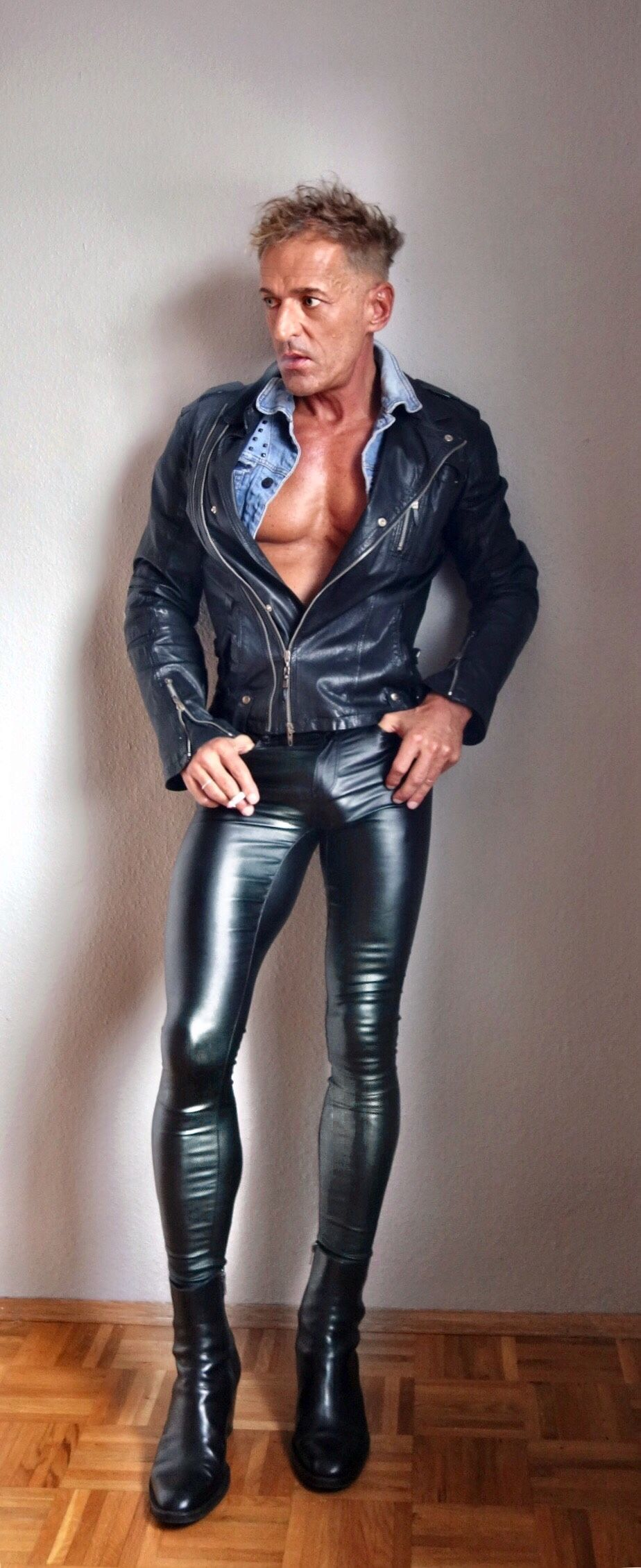 Wholesale men tights pants long trousers breathable tight leather leggings pants gym yoga pants