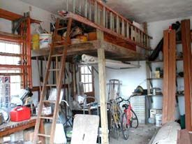 This loft was built in an afternoon i can easily move for Best builders workshop deck