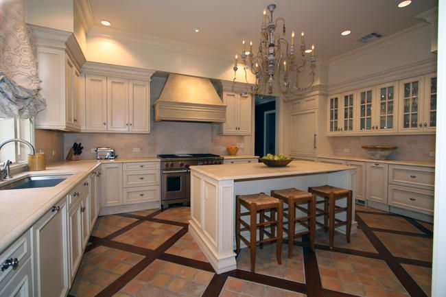 Classic Cupboards New Orleans - Layout