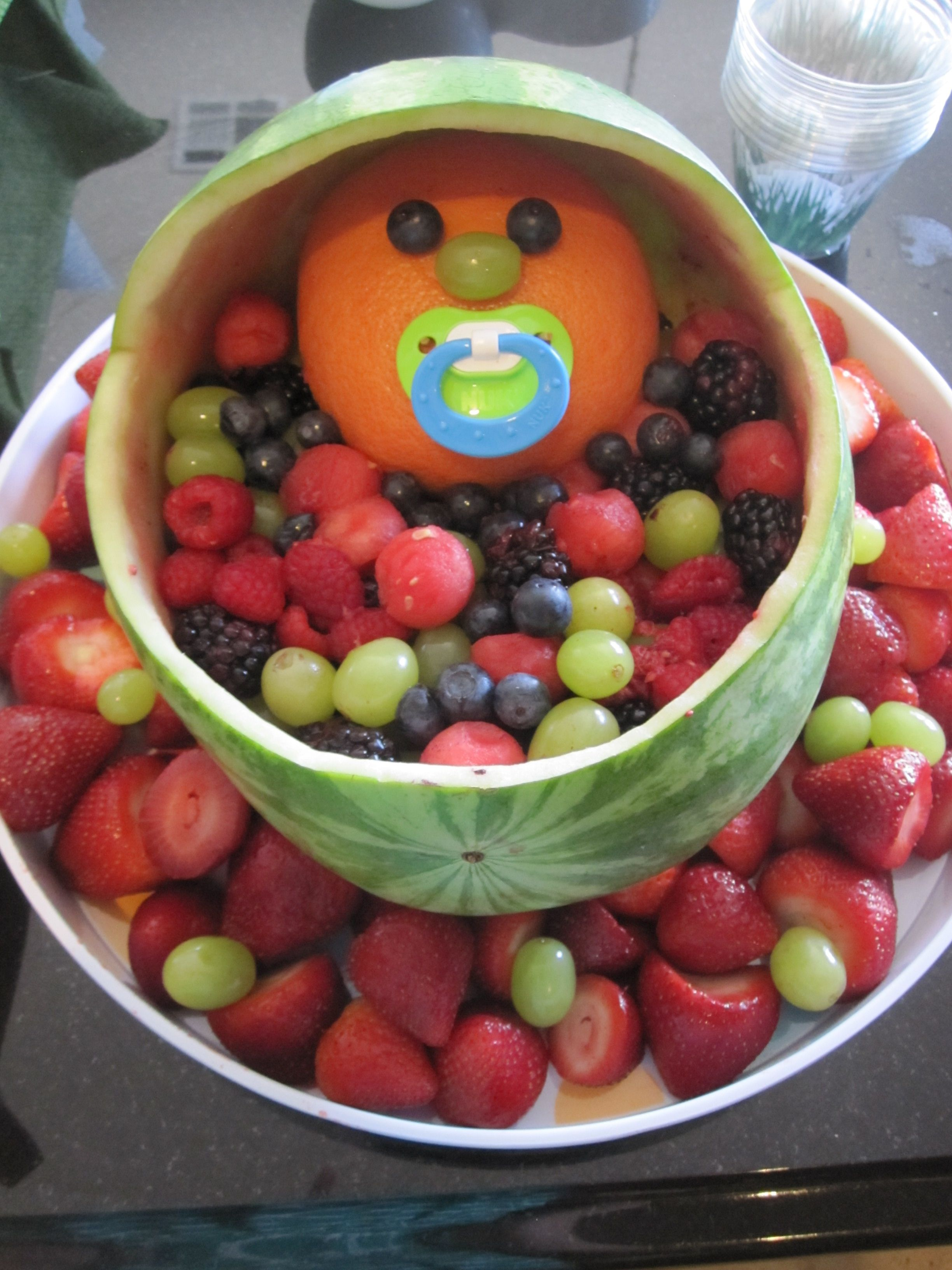Baby bassinet fruit tray for baby shower baby shower for Baby shower tray decoration
