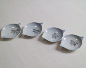 Skandinavisches Porzellan scandinavian porcelain small plates in special shape small plates
