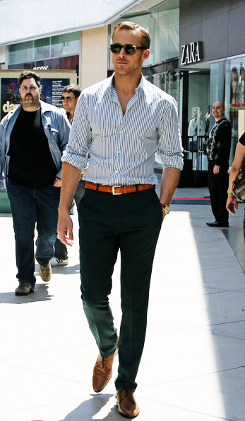 Nice smart casual look by Mr Gosling. We like the striped light blue shirt contrasting with the black jeans, as well as sticking to the rule of matching shoe and belt colour!