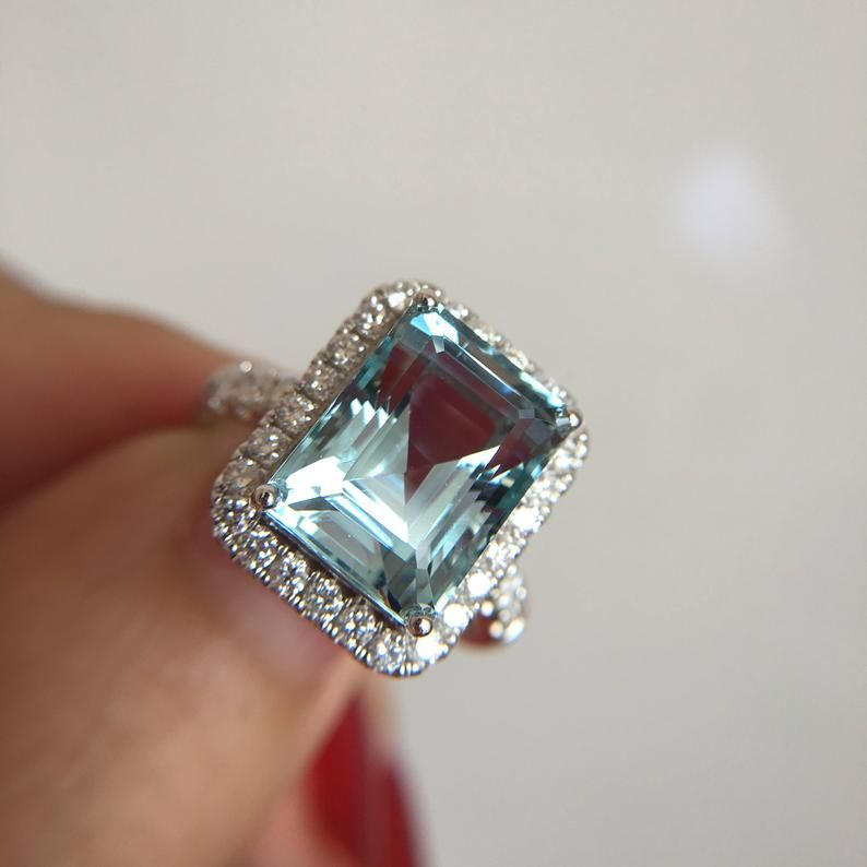 5 5 Carat Aquamarine Engagement Ring Blue Stone Ring White Etsy In 2020 Engagement Ring Blue Stone Blue Engagement Ring Aquamarine Engagement Ring