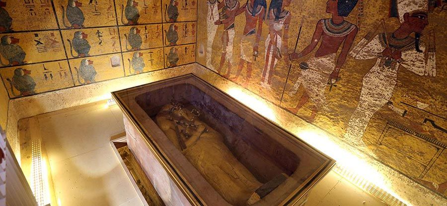 Back in October, evidence was found suggesting King Tut's tomb could have a secret room or two, and that the secret room may prove to be the long-sought tomb of Queen Nefertiti. Some experts dismis…