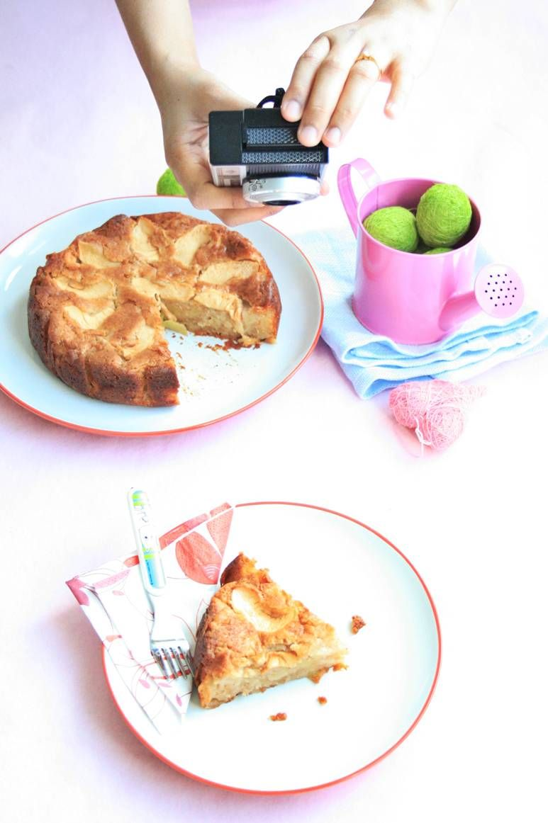 The best Moistest Apple Cake. Serious.