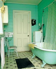 Original 1920 S Bathroom In Maroogal House Nowra Australia This Bath So Takes Me Back To Kennedy Terr Cheap Bathroom Remodel Bathrooms Remodel 1920s Bathroom