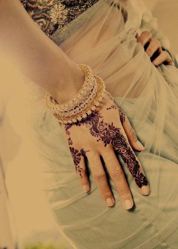 Henna... Henna, henna, henna. fashion-finds
