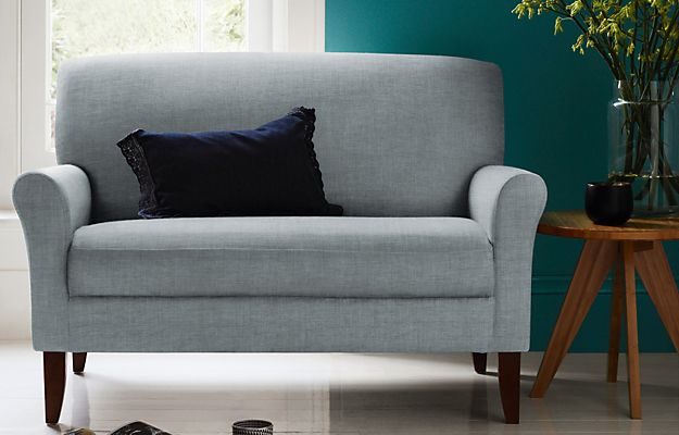 Soft Spice Whitley Loveseat