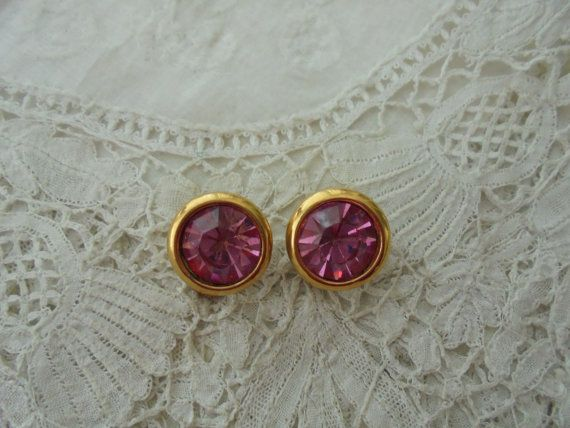Pink glass earrings clip ons by Nkempantiques on Etsy
