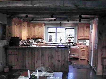 Kitchen 1800 S Cabin