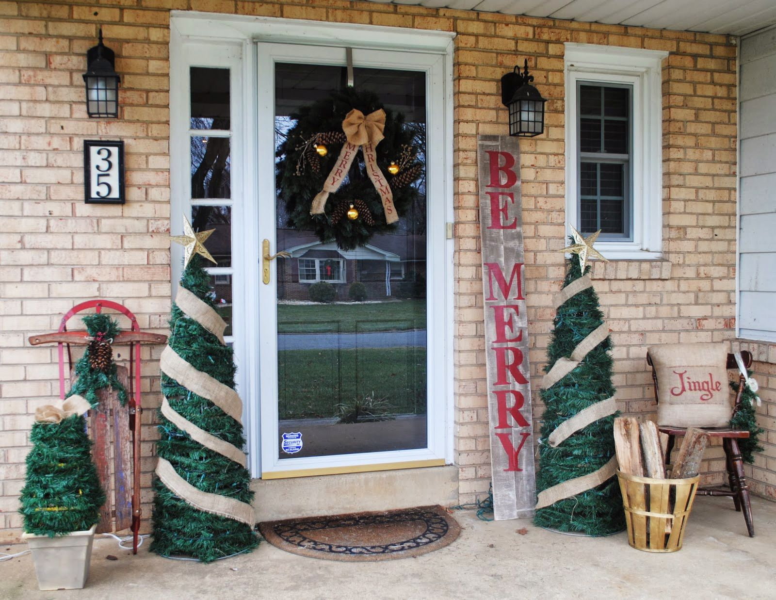 best christmas door decorations for upcycling holidays