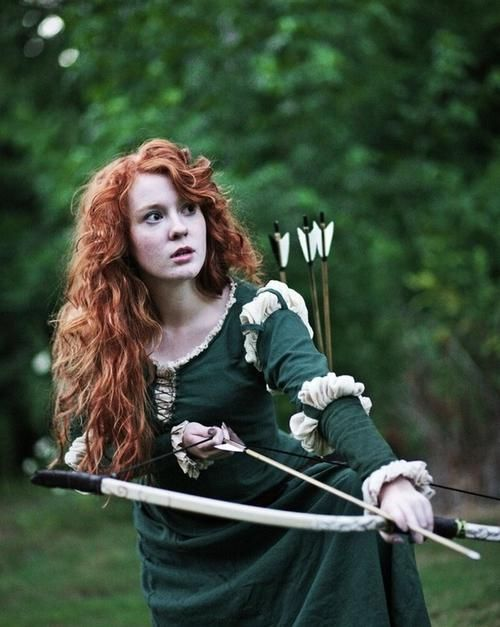 Curly Hair Costume Ideas : Cute merida from brave costume simple dress bow