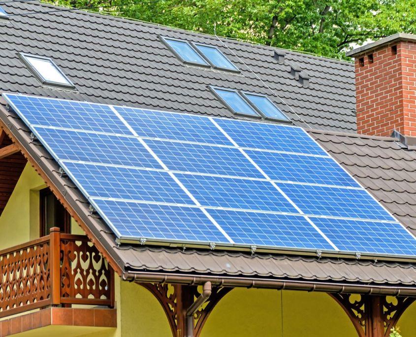Que Es La Energia Solar Fotovoltaica Y Como Funciona Ingeoexpert En 2020 Sistema De Paneles Solares Placas Solares Sistema De Energia Solar