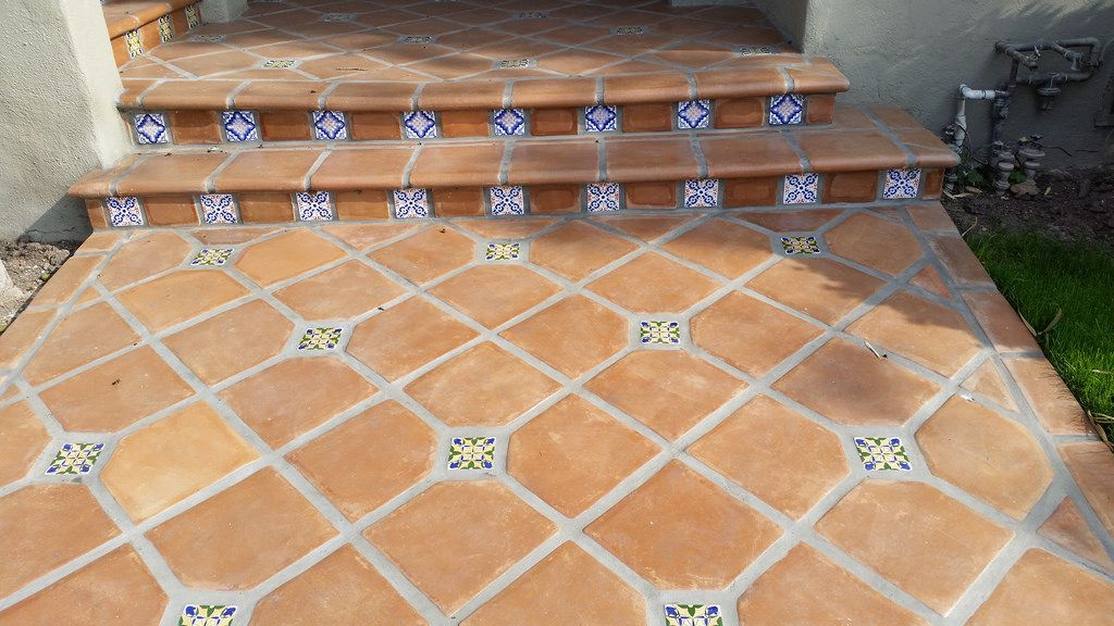 Saltillo Tile Entry with Spanish TIle Insets in 2019 ...