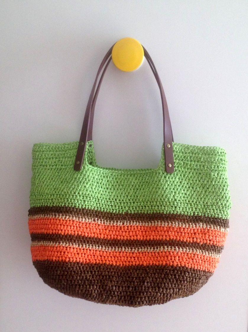 71971b06a Paper raffia summer bag.   Bolsas e sacolas em crochê   Crochet ...