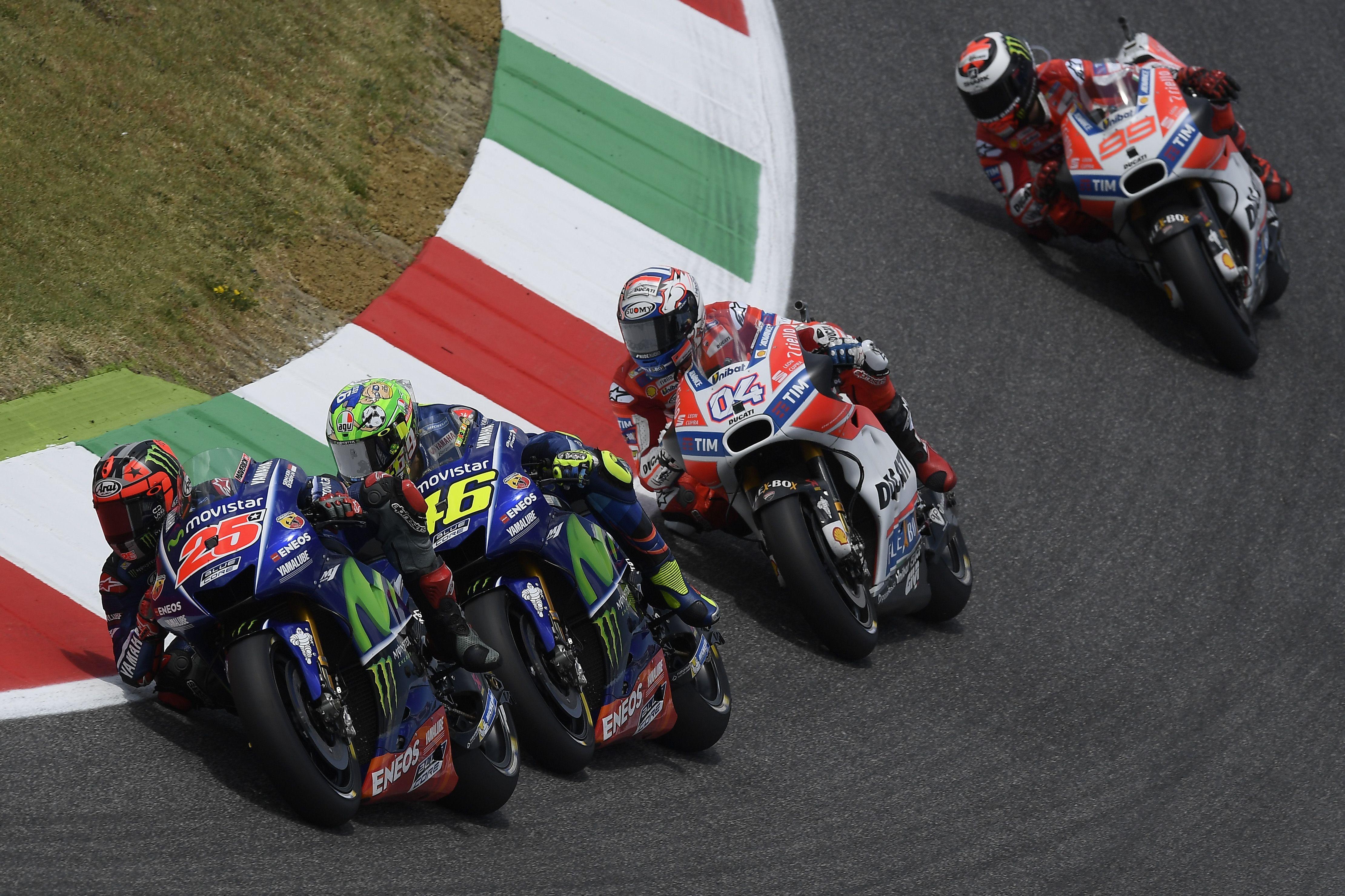Vídeo: Resumo completo de todas as corridas em Mugello (MotoGP / Moto2 / Moto3)http://www.motorcyclesports.pt/video-resumo-completo-todas-as-corridas-mugello-motogp-moto2-moto3/