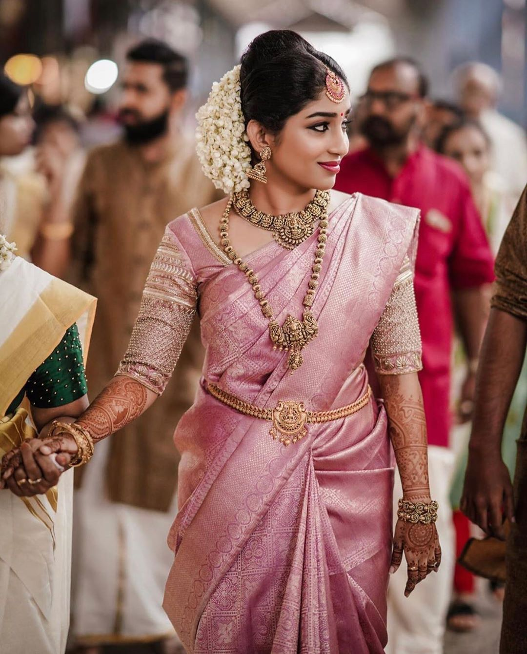 """Tie The Thali Media Inc. on Instagram: """"In love with the way this gorgeous bride looks! 📸: @wedding_stories_by_hari ___________________________________________ #TieTheThali…"""" - Mode Trends"""