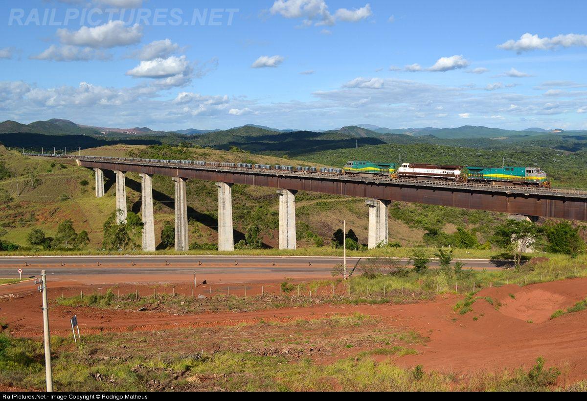 Foto RailPictures.Net: EFVM 1269 EFVM - Estrada de Ferro Vitória a Minas BB40-9WM GE em Barão de Cocais, Minas Gerais, Brasil por Rodrigo Matheus