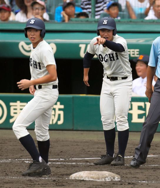 Photo of 右手にハンディの主将、甲子園で涙 仲間の一言が支えに – 高校野球
