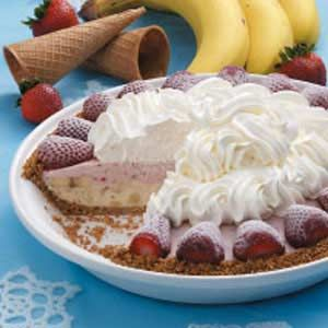 Strawberry Banana Pie #bananapie